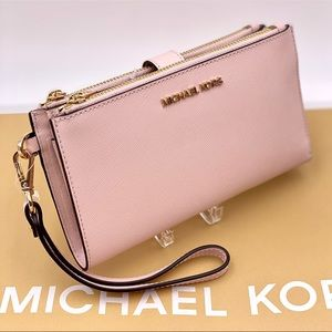 Michael Kors Double Zip Wallet Wristlet Pink